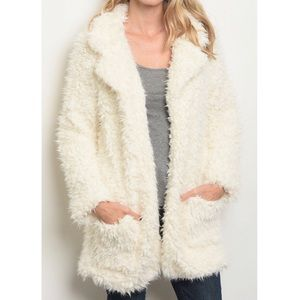 <<RATED 5-STAR>> Ivory Shaggy Fur Coat
